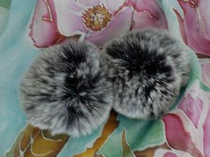 pelzbommel Kaninchen Bommel Set 2 Stück NEU schwarzweiss seidenweich Mütze Deko