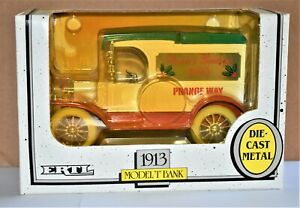 """Vintage ERTL 1913 Model T Bank 1/25  Diecast """"Season's Greetings"""" Delivery Truck"""
