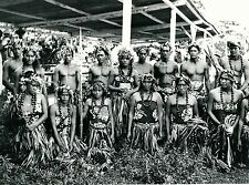 TAHITI c. 1940 - Groupe de Danseurs - Photo Nordmann - T 210
