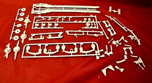 AMT International Transtar CO-4070A Chassis Parts 1/25