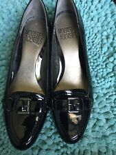 Mootsies Tootsies US sz 6 pumps in Black patent leather.