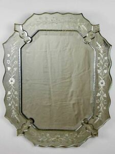 "Etched octagonal antique Venetian mirror 23¼"" x 29¼"""