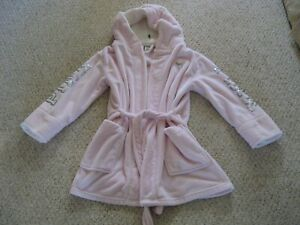 Victoria Secret Pink Plush Robe With Sequin Size M/L
