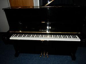 YAMAHA U1  UPRIGHT PIANO. MADE AROUND 1970. AMAZING SOUND AND TOUCH
