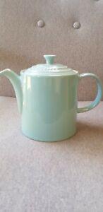 LE CREUSET 1.3 L STONEWARE  TEA/COFFEE POT BLUE