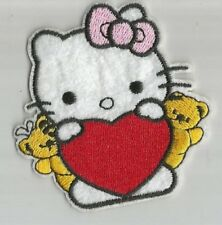HELLO KITTY chat coeur rose ourson écusson / patch 7.5X7.5 cm