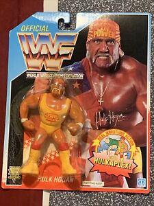1992 - Series 3 - Blue Card Hasbro - WWF Hulk Hogan with Hulkaplex MOC