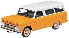 Revell Trucks '66 Chevy Suburban Plastic Model Kit 1/25 85-4409