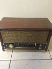 Zenith T2542 Vintage 50's Tube AM/FM Long Distance Radio Works Great