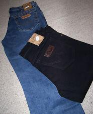 Coppia Jeans WRANGLER Texas Nero e Stonewash