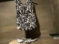 Womens Two Piece Black/White Tankini Swimsuit with Bottom SIZE LARGE HALTER
