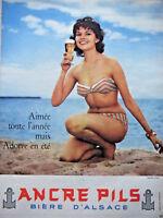 PUBLICITÉ DE PRESSE 1958 ANCRE PILS BIÈRE D'ALSACE AIMÉE TOUTE L'ANNÉE