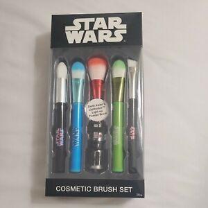 SEALED Star Wars Disney Cosmetic Brush Set of 5.Vader Brush Lightsaber Lights Up