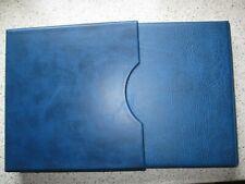 Lindner Album blau mit Schuber gebraucht mit Lindner T Blätter Nr.:209