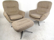 Mid-Century Style Set of Two Lounge Chairs and Ottoman (8198)NJ