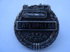 C1950S VINTAGE CATERPILLAR CRAWLERS 10 YEARS LONG SERVICE SILVER PIN BADGE