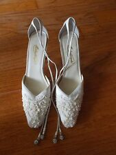 MICHAELANGELO Ivory Satin Beaded Wedding Formal Party Heels Shoes SZ 7 1/2 M