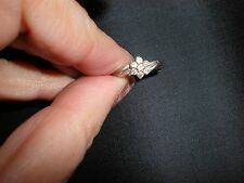 Solid White Gold 10K Size 6 CZ Solitaire with Accents Ring BEAUTIFUL HARDLY WORN