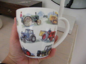 HUDSON MIDDLETON TRACTORS MUG BY ALEX WILLIAMS NEVER USED, JUST STORED AWAY VGC
