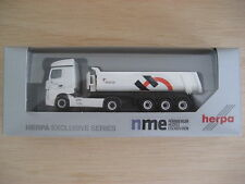 HO - NME - ref.503202 - MB Actros Streamspace 2.5 con volquete tres ejes Holcim