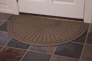 Waterhog Eco Grand Premier Half Oval Indoor/Outdoor Floor and Entryway Mat
