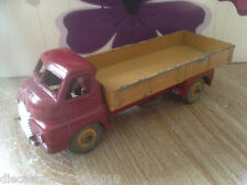 VINTAGE DINKY 522 - BIG BEDFORD - MAROON CAB - FAWN TRUCK BODY - FAWN HUBS
