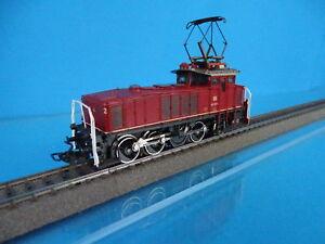 Marklin 3157 DB Electric Locomotive Br 160 Red OVP
