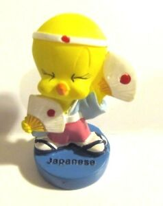 NEW Looney Tunes Tweety Bird collectable  figurine - Japanese