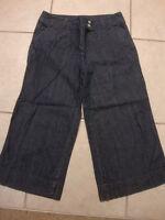 Womens NEW YORK & COMPANY gaucho jean capri pants, 4