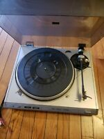 FISHER MT-6420 C Belt Drive Turntable Phono Player Made in Japan For Parts or Re