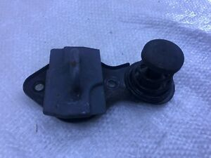 01 - 07 MERCEDES-BENZ W203 C CLASS FRONT LEFT RIGHT HOOD SAFETY CATCH E22