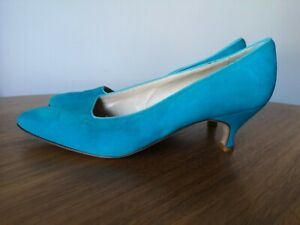 Manolo Blahnik Turquoise Blue Suede Stiletto Shoes 38.5 immaculate