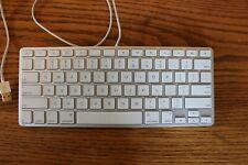 AppleWired Standard Keyboard  Silver   A1242 Silver