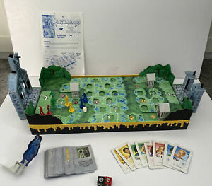 GOOSEBUMPS TERROR IN THE GRAVEYARD Waddingtons Board Game 1996 100% Complete