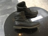 Timberland Ladies Black Leather upper Boots size 6.5 uk eu39.5
