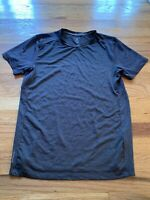 Layer 8 Mens Size Size Small Qwick-Dry Gray Athletic Short Sleeve T-Shirt