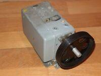 Drehkondensator  AM-Tuner aus Loewe Opta Planet Stereo 42 028 Röhrenradio