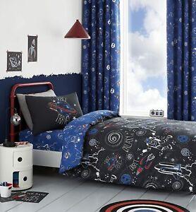 Catherine Lansfield Kid's Space Adventure Glow in the Dark Black Bedding Set