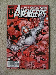 Marvel Avengers #22 (1999) SIGNED George Perez -  Black Panther / Ultron -- NICE