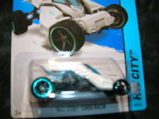 Hot Wheels Max Steel Turbo Racer White MOMC