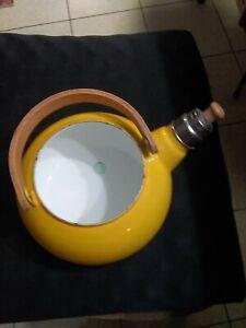 Whistling Japanese Kettle Pot 1.5 Quart wood handle Yellow Mid Century