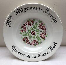 Assiette ancienne Digoin et Sarreguemines Mme Mégemont Ardely
