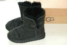 UGG K Bailey Button Black girls warmed boots size UK 12/EU 30 Used