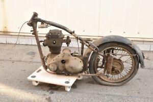 a74t03- Oldtimer NSU 351 Konsul (?) Motorrad Gestell mit Motor u Hinterrad Bj.19