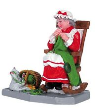 New Lemax Village Mrs Clause Figurine Accessory Display Figure Set Christmas