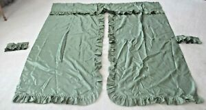 VTG A BEAUTIFUL Fabric Shower Curtain GREEN PERFECT with Ties