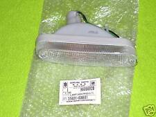 GM 96066928 Right Front Turn Signal 1989-94 Chevy Metro