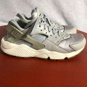 Nike Air Huarache Run Women's Size 10 Running Shoes Gray White Athletic Sneakers