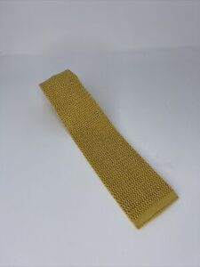 "Lands End 100% Silk Knit Tie - Yellow - 59"" - Made in Italy"