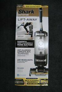 NEW - Shark Rotator ZU560 Lift-Away Upright Vacuum Cleaner - Black